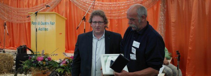 PR-prijs voor Dinxperlose Konijnen- en Pluimveefokkers