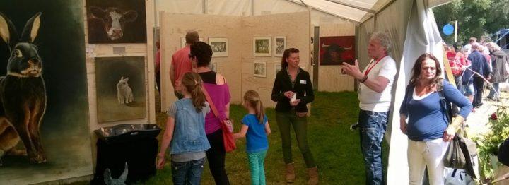 Boerenvee kunstenaars trekken veel bekijks op Farm & Country fair